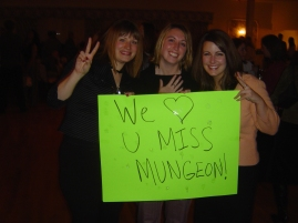 """Miss Mungeon was our favorite teacher,"" said Beth, Katy and Kathleen Early."